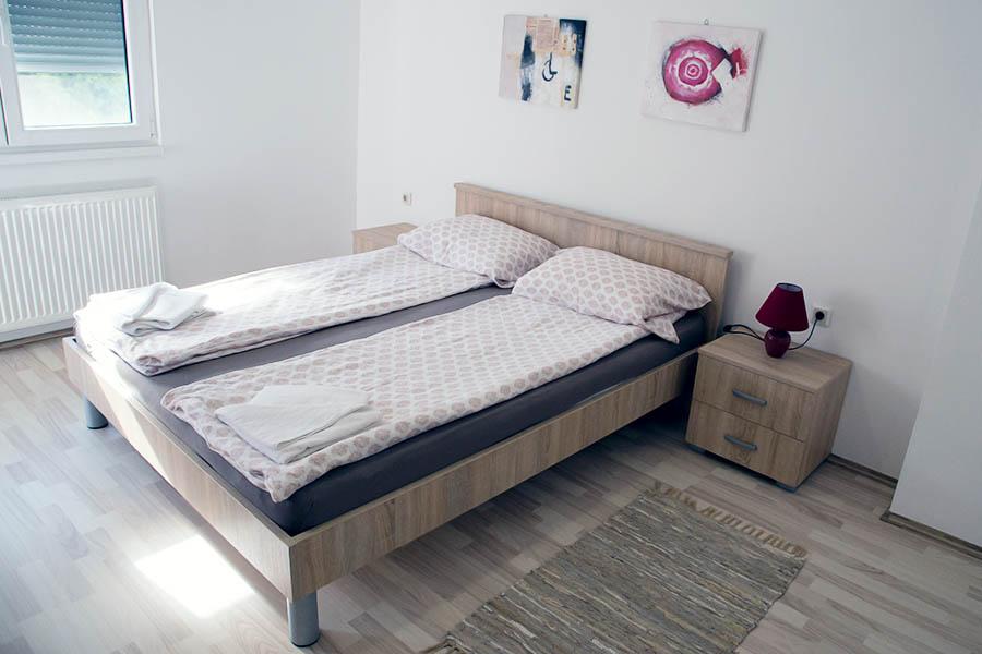Spavaća soba br. 1 -2 Ana 2